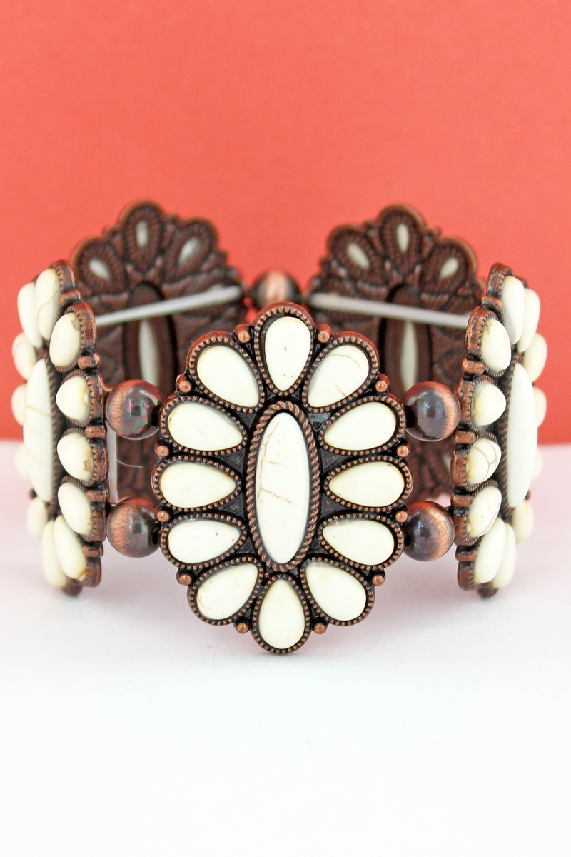 White Beaded Oval Flower and Navajo Pearl Stretch Bracelet