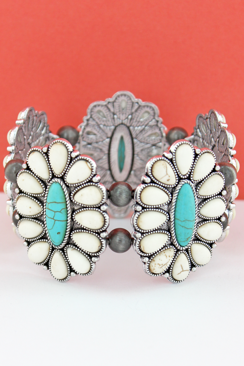 White & Turquoise Beaded Oval Flower and Navajo Pearl Stretch Bracelet