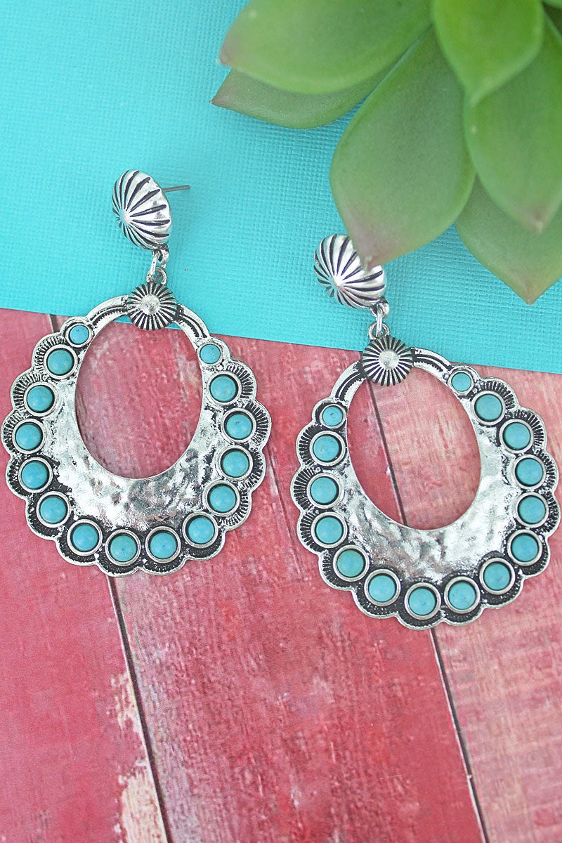 Turquoise Beaded Silvertone Scalloped Open Disk Drop Earrings