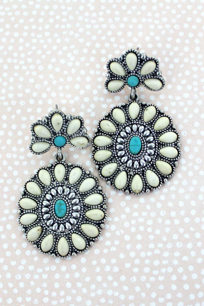 La Luz White and Turquoise Beaded Earrings