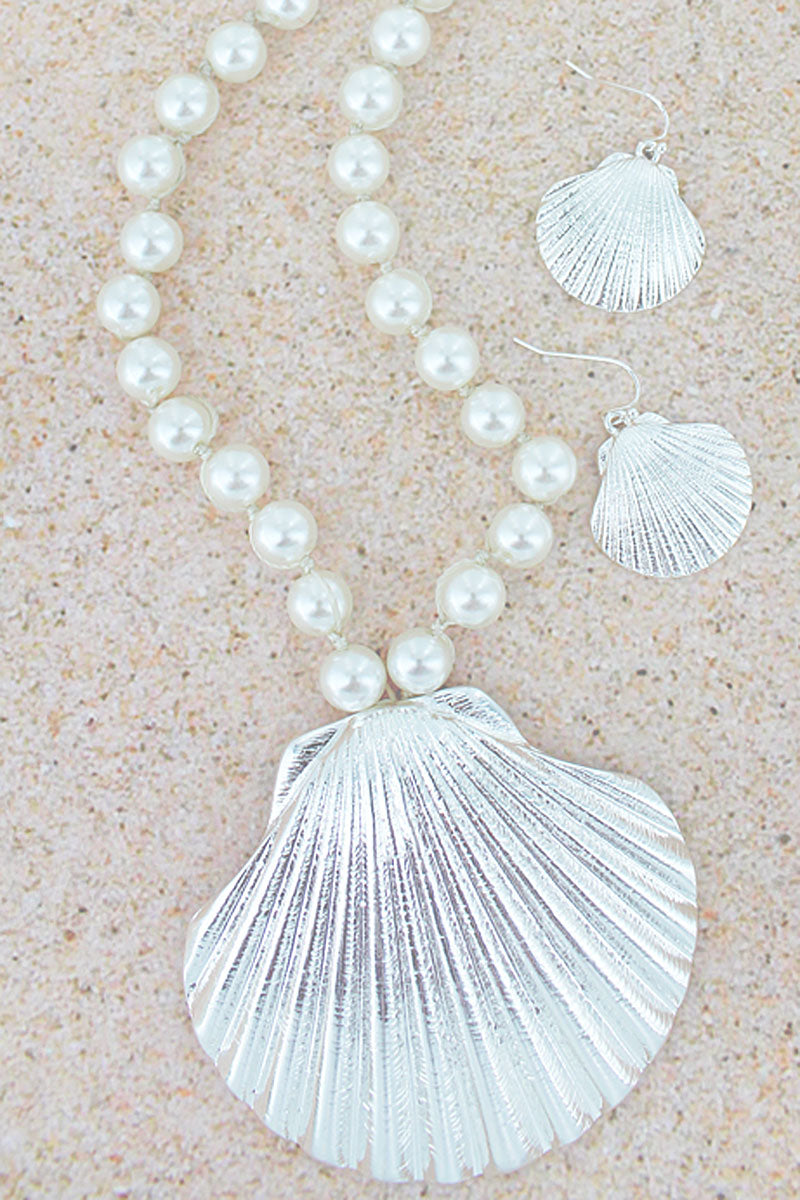 Silvertone Clam Shell Pendant Pearl Necklace and Earring Set