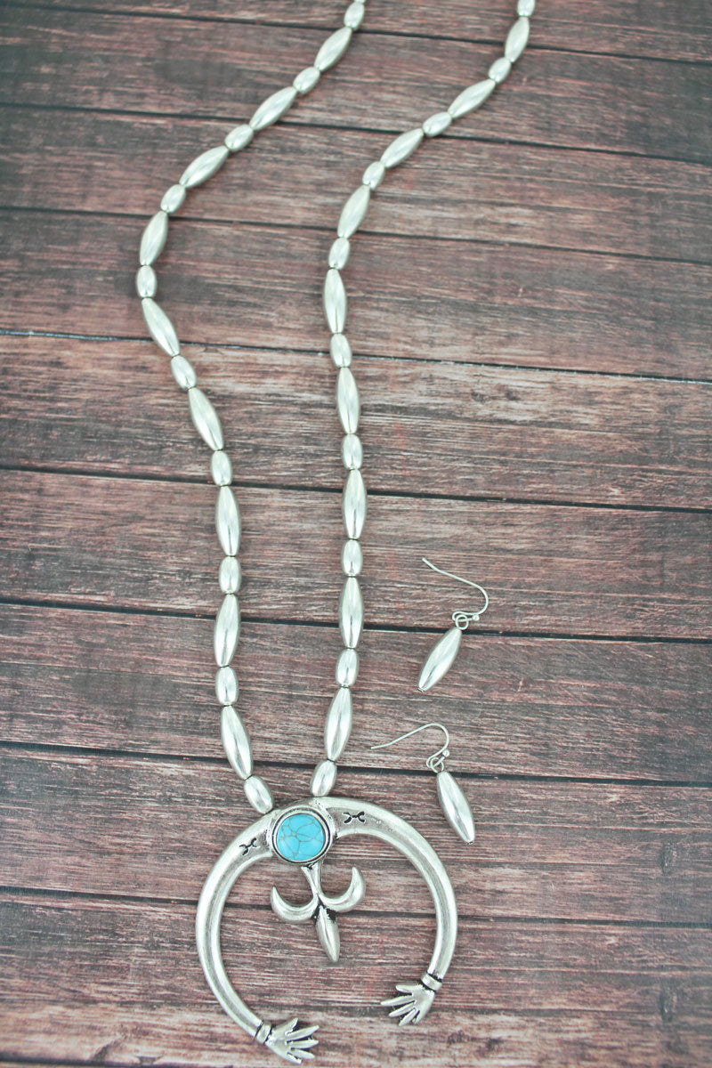 Silvertone with Turquoise Stone Naja Beaded Necklace and Earring Set