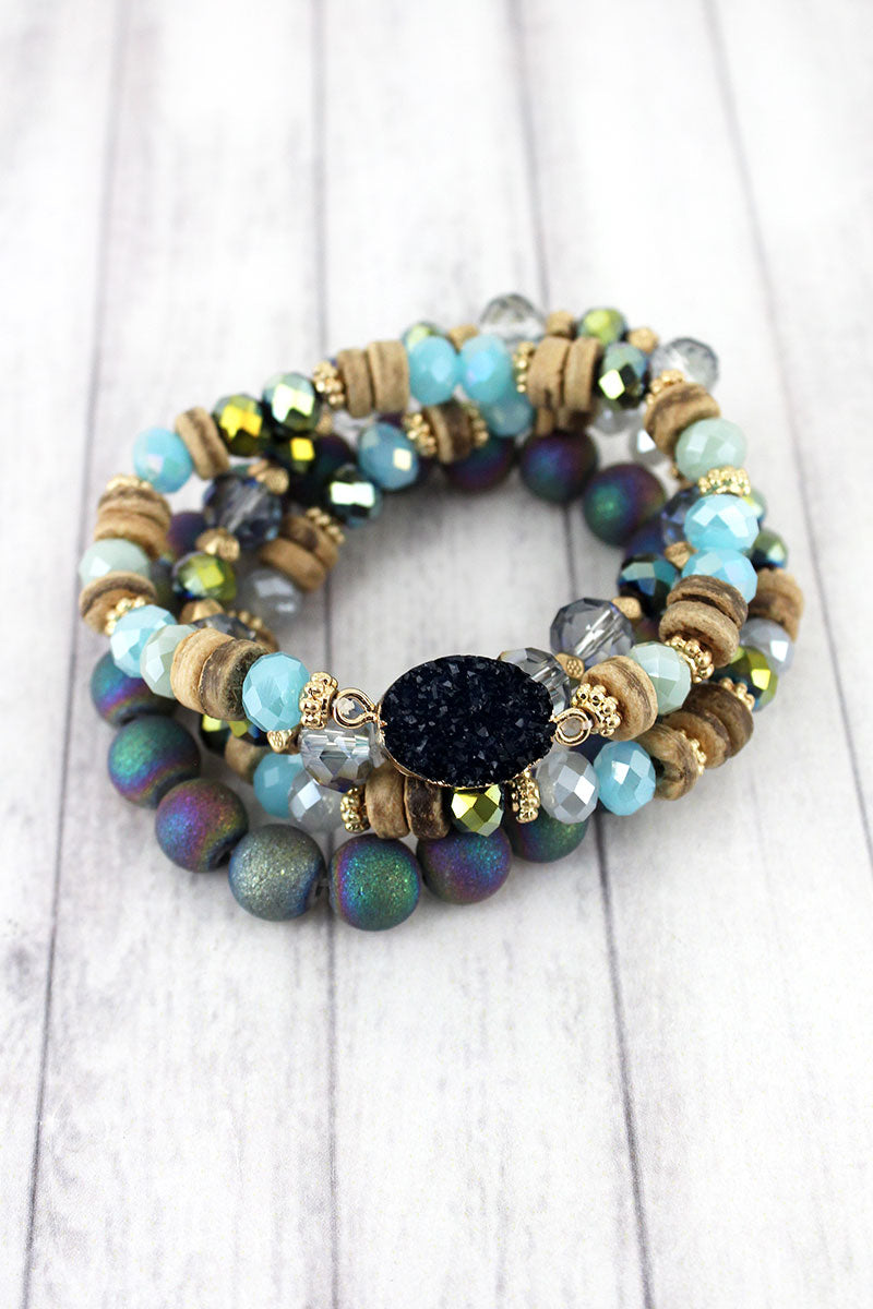 Goldtone Trimmed Navy Druzy Mixed Bead Bracelet Set