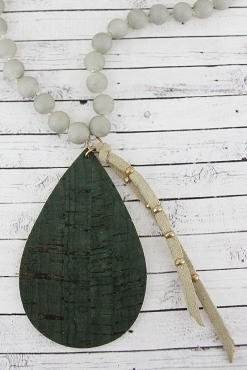 Green Cork Teardrop & Tassel Pendant Beaded Necklace