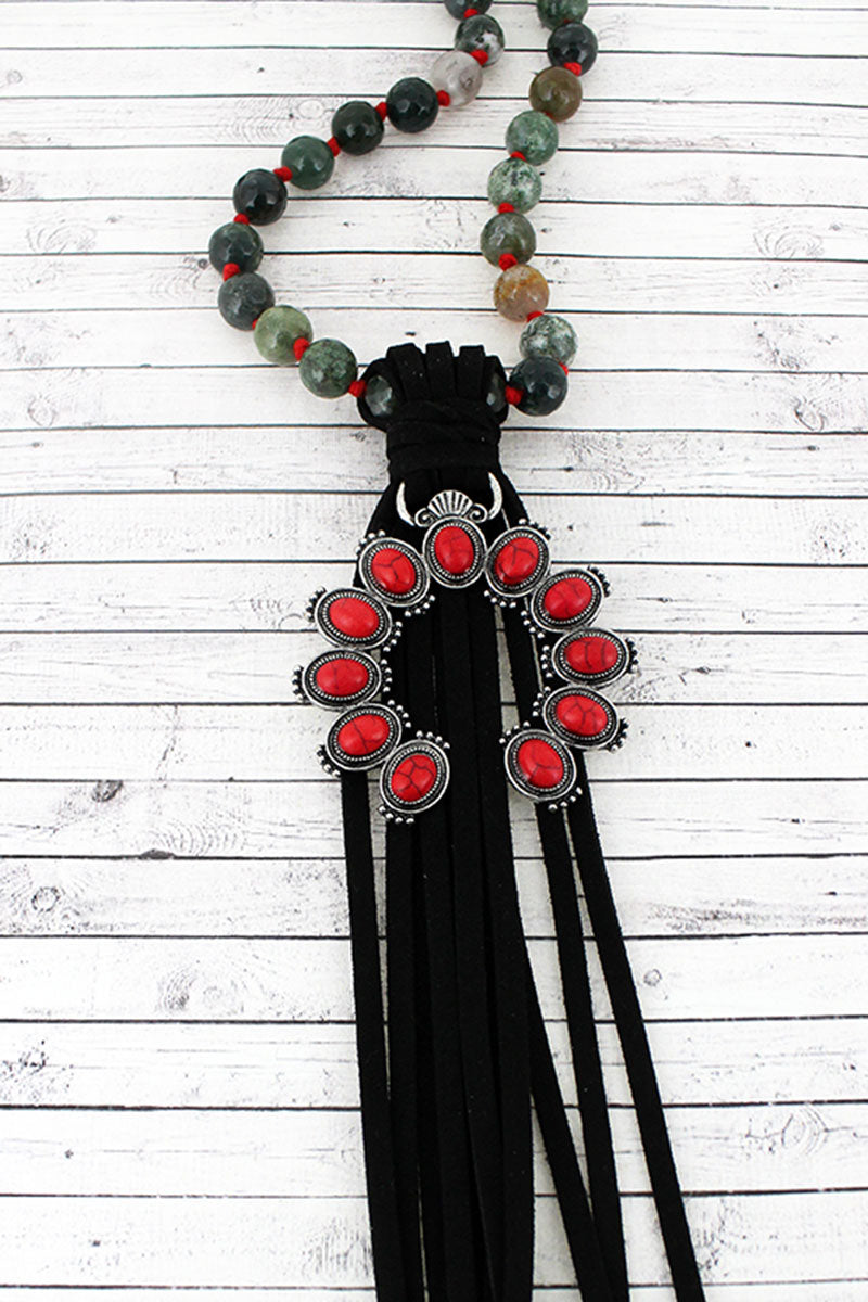 Red Beaded Naja and Black Tassel Pendant Beaded Necklace