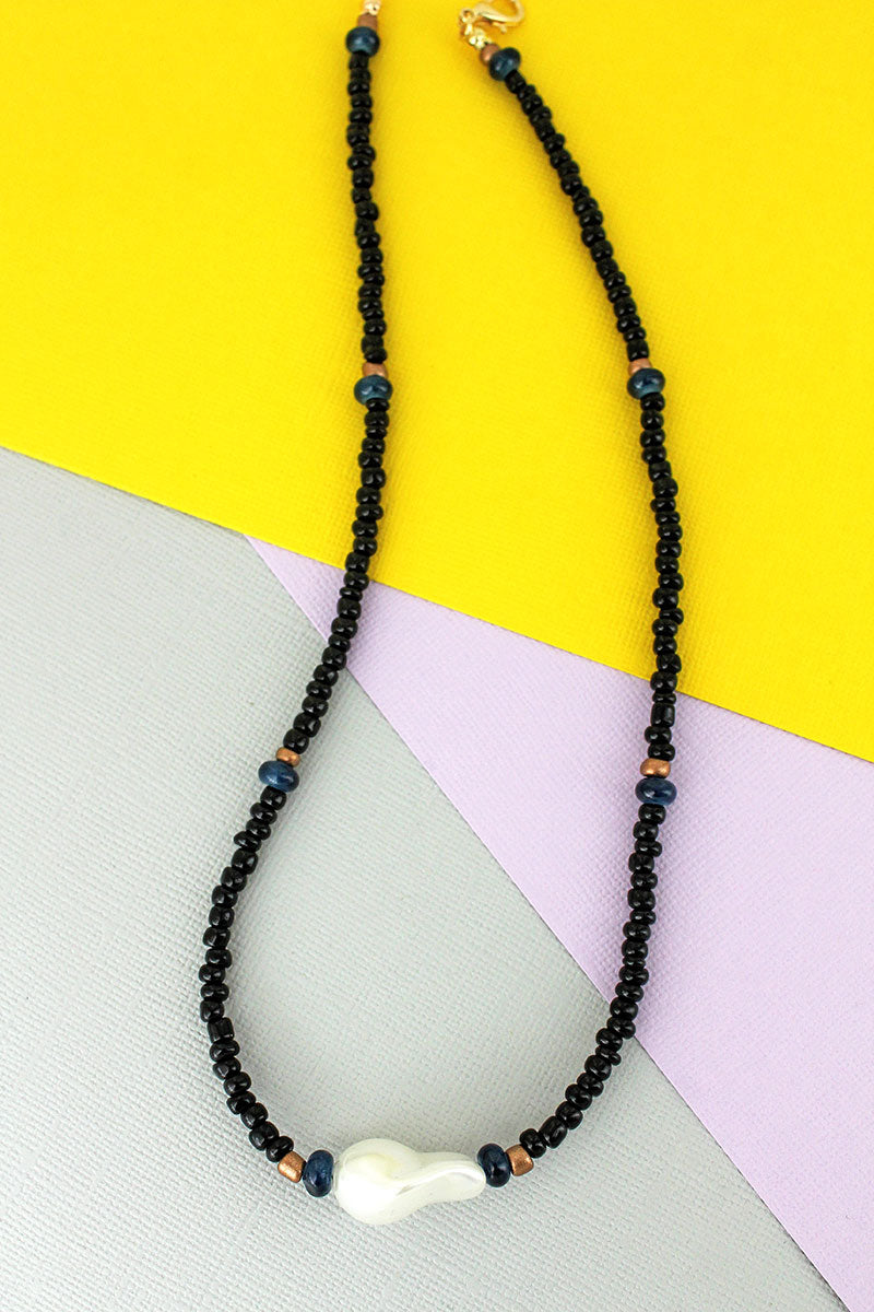 Single Pearl Black Seed Bead Necklace