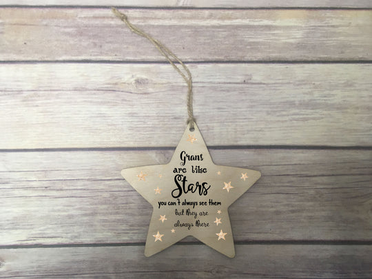 Wooden Hanging Star - Grans Are Like Stars DD337