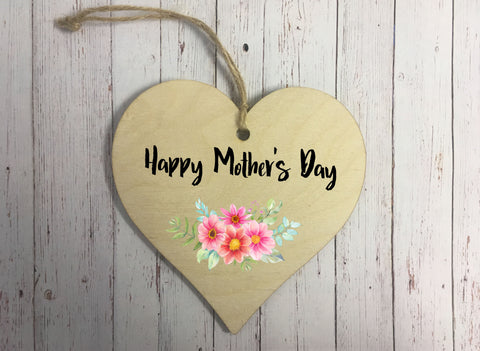 Wooden Hanging Heart - Happy Mothers Day Floral DD302