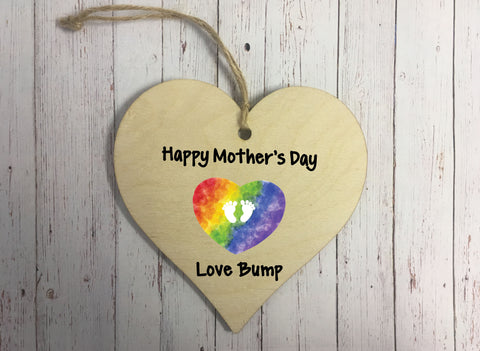 Wooden Hanging Heart - Happy Mothers Day Love Bump  DD305