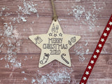 Wooden Colour In Doodle Hanging Star or magnet - Merry Xmas 2020 DD1981