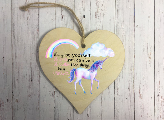 Wooden Hanging Heart - Unicorn DD243