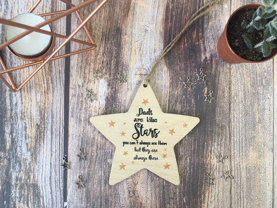 Wooden Hanging Star - Dads Are Like Stars DD332