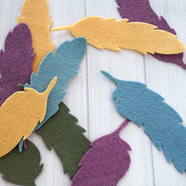 Felt Die Cuts, Feathers, 12 pieces - Busy Little Bird