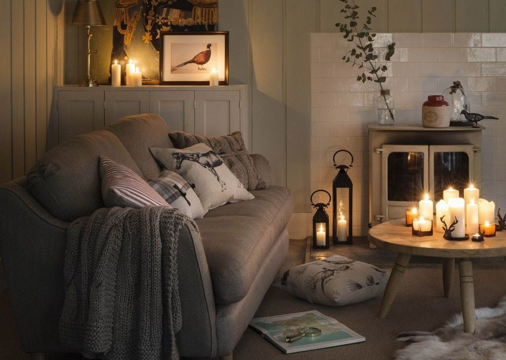 How to select country cushions to create a charming and stylish country home