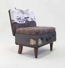 Upcycled Furniture Ideas / Suitcase Chair