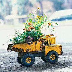 Upcycled Furniture Ideas / Toy Digger Planter