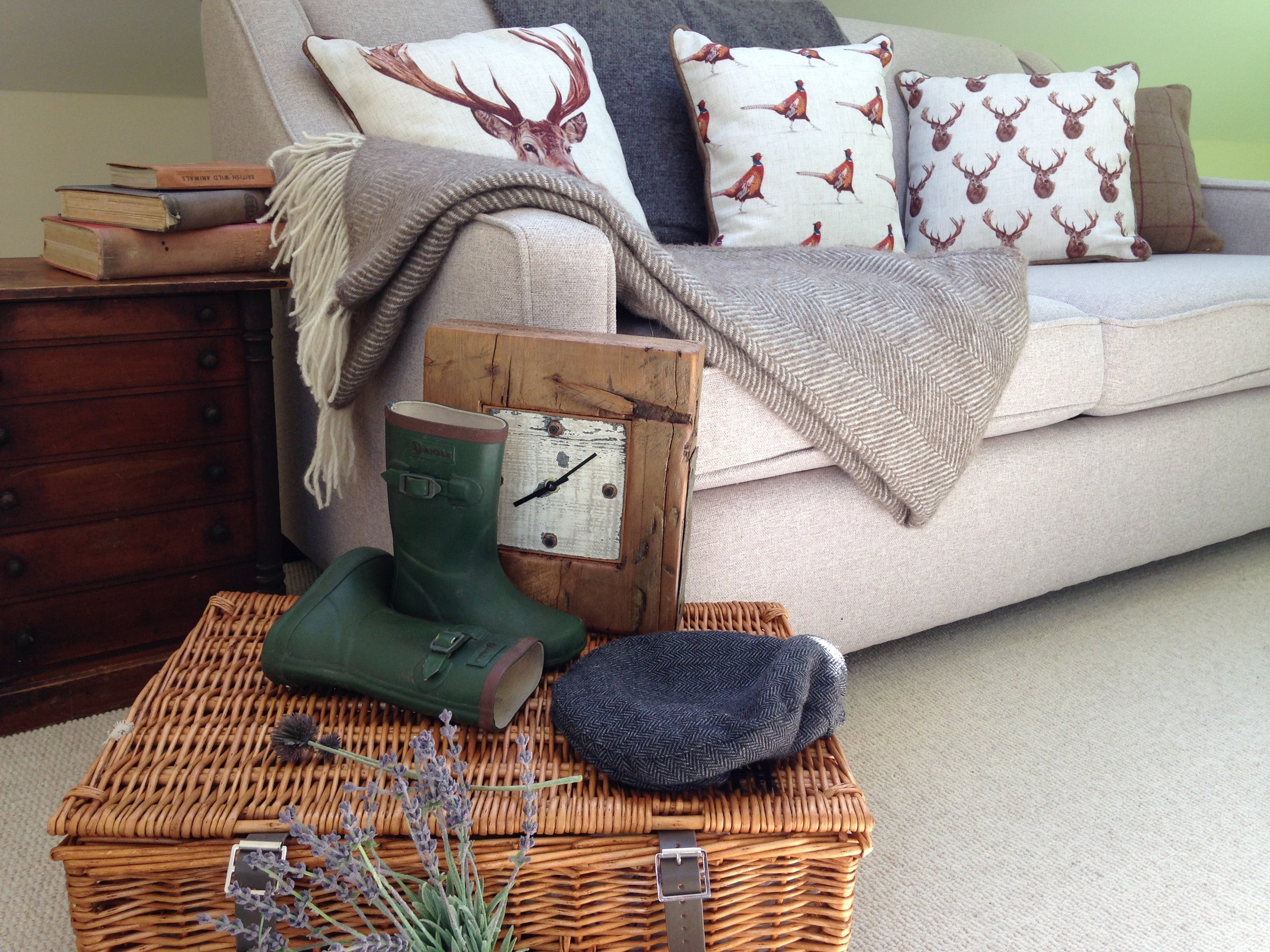 Country Living Throws & Blankets