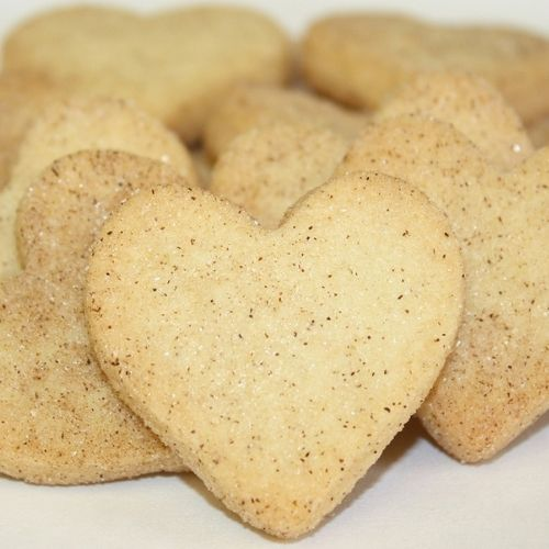 Cinnamon crisp heart shaped cookies custom wrapped to personalize your cookie gifts and cookie favors.