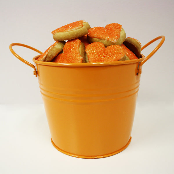 HEART SHAPED COOKIE LOVE BUCKET – ORANGE (MEDIUM)