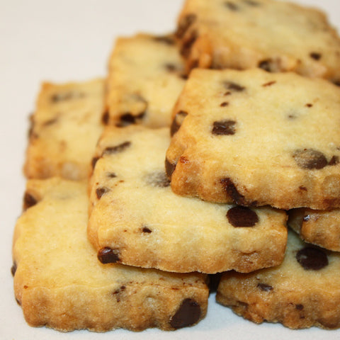 Chocolate Chip Shortbread Cookies | Chocolate chip sugar cookie crisp and buttery with Guittard chocolate