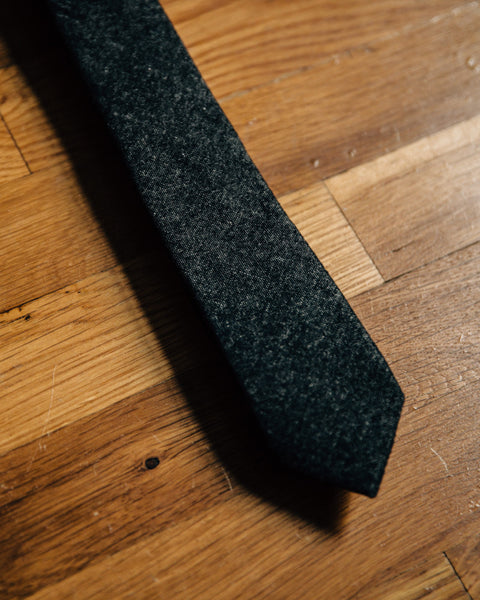 The Petrie Skinny Tie - Charcoal - Shop Stay Classic - 2