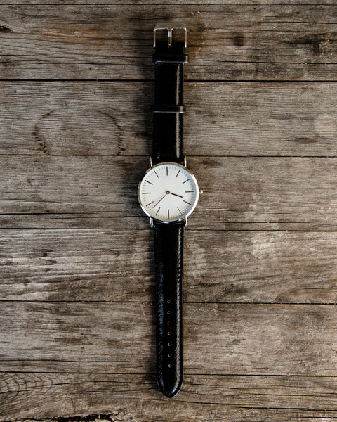 The Minimalist Leather Watch - Black