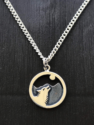 Sterling Silver Wolf Howling at Moon