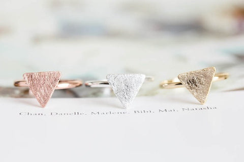 Hot Sale 10pcs/Lot Wholesale Triangle Knuckle Ring - Silver For Woman and Ladies Free Shipping