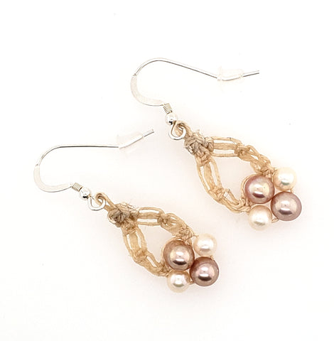 4 pearl macrame earrings