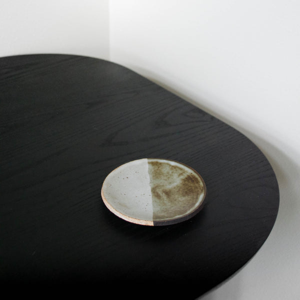 BLACK AND WHITE GLAZED DISH