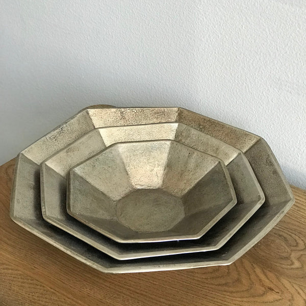 HEXAGONAL SERVING BOWL + TRAY