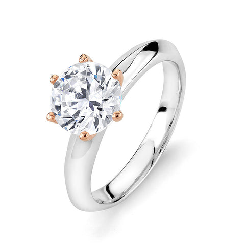 Solitaire ring set with a CZ