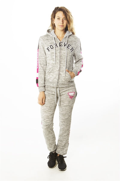 Ladies fashion 2 pc fleece sets w/ 2 front pockets, fur line hood & applique