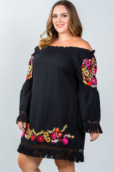 Ladies fashion plus size frayed embroidered floral dress