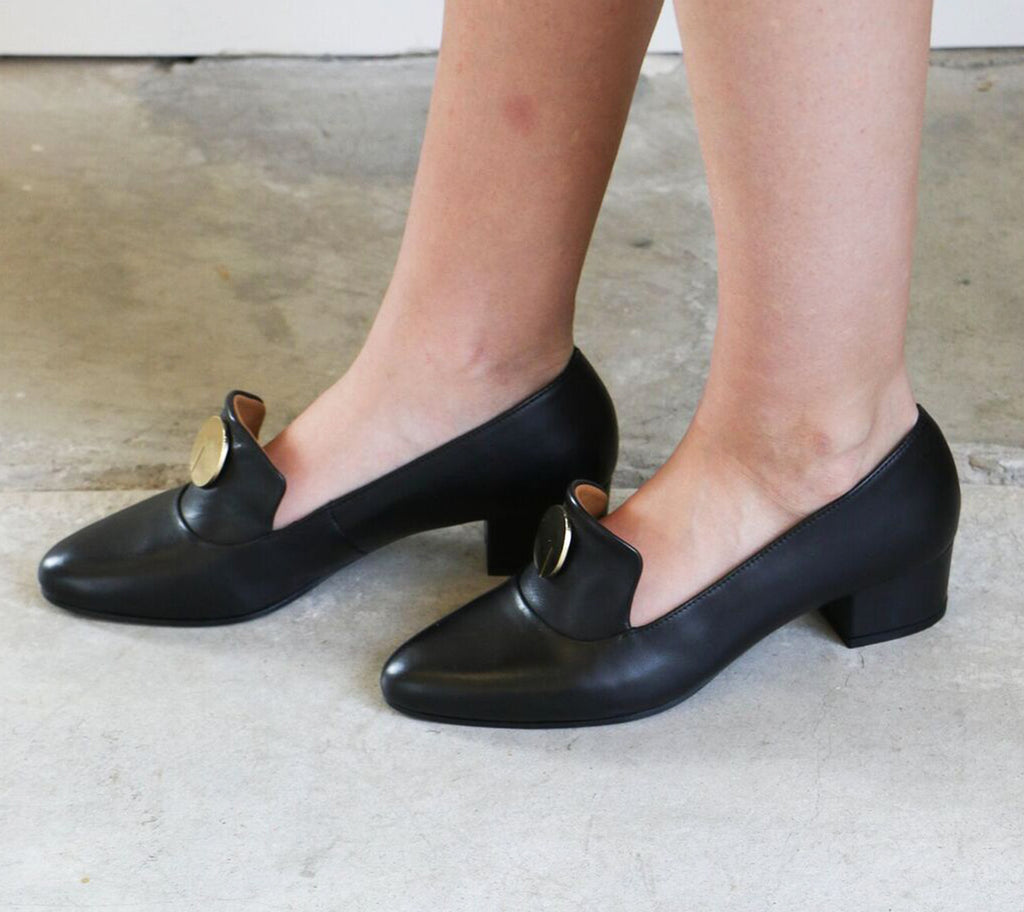 Anne Thomas Elisabeth Loafer in Black