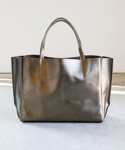 Ampersand as Apostrophe Sideways Tote in Sunset Metallic