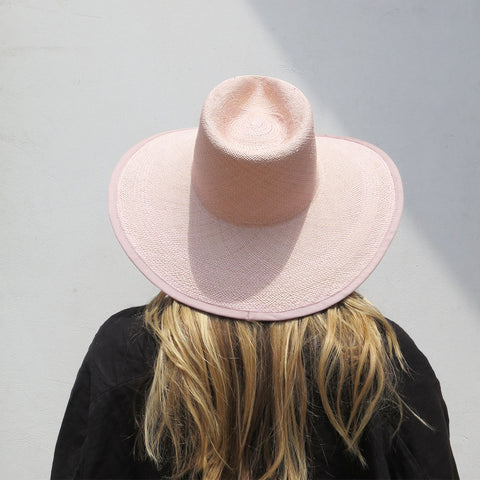 Clyde Straw Pinch Hat in Peony