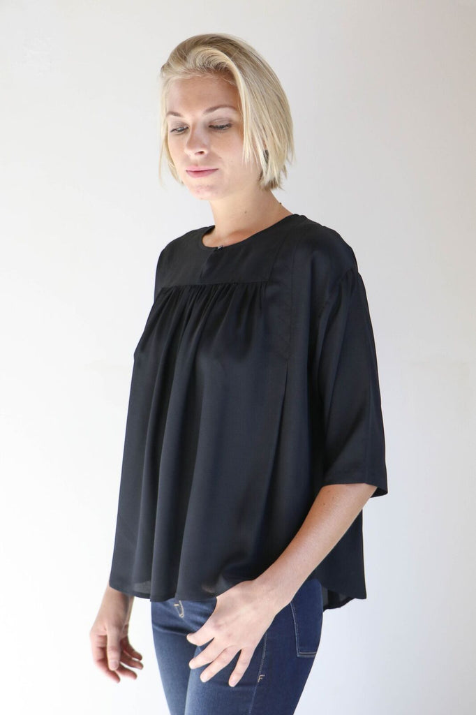 House Dress Weir Blouse in Black