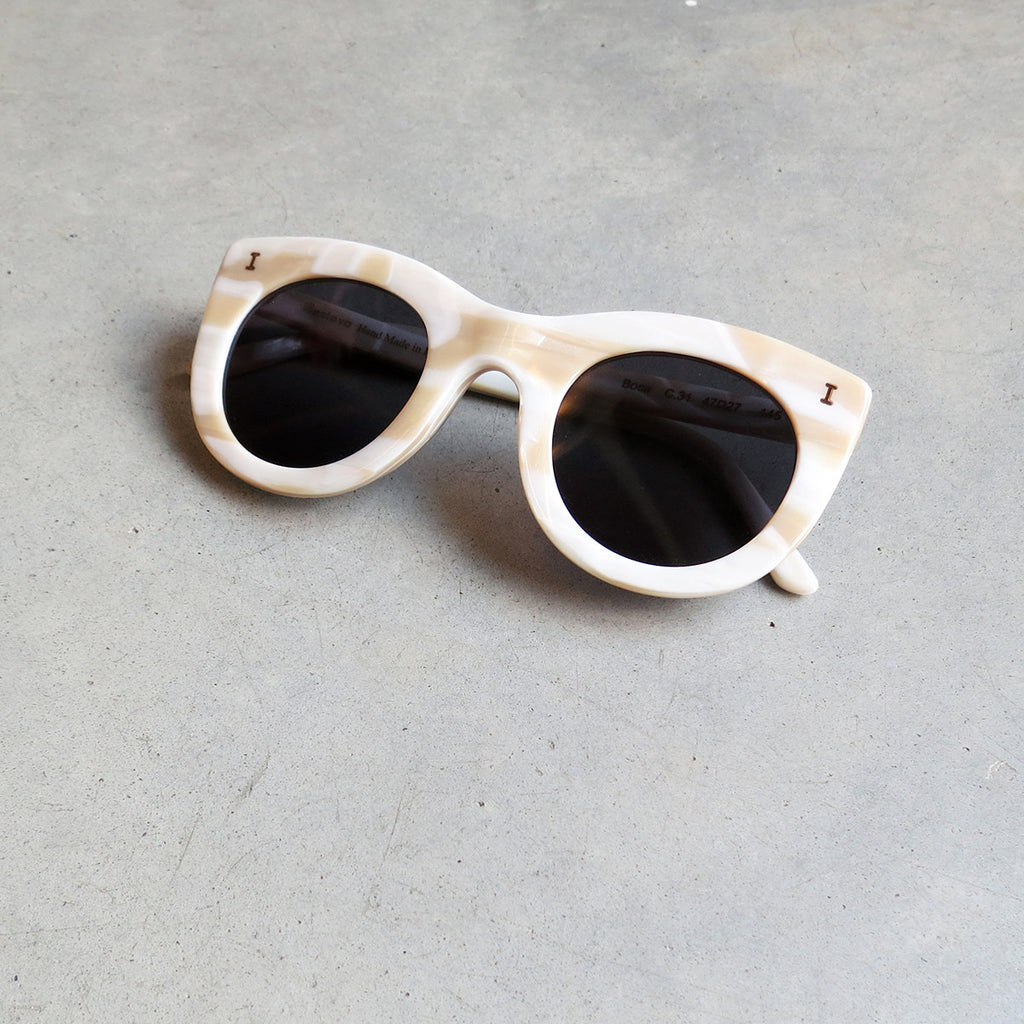 Illesteva Boca Sunglasses in Cream with Grey Flat Lenses