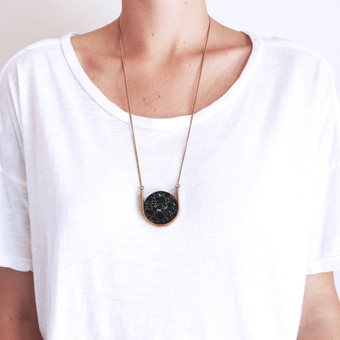 Metalepsis Neutron Necklace in Black + White