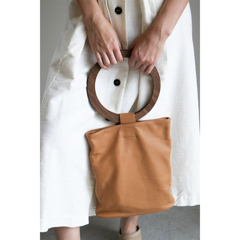 Modern Weaving Wood Handle Circle Tote in Noce
