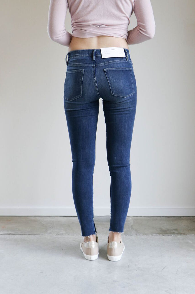 Frame Le High Skinny Jean in Bradfield