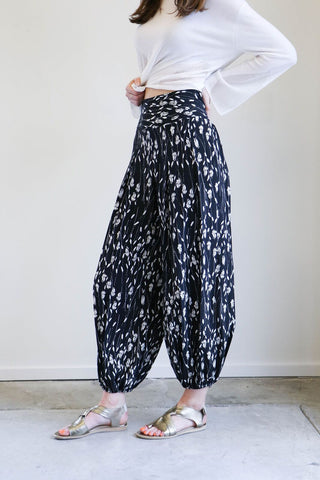 Nili Lotan Ibiza Pants in Black