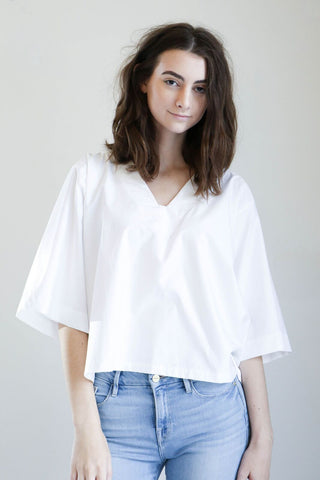 Sunja Link V Neck Top in White Poplin