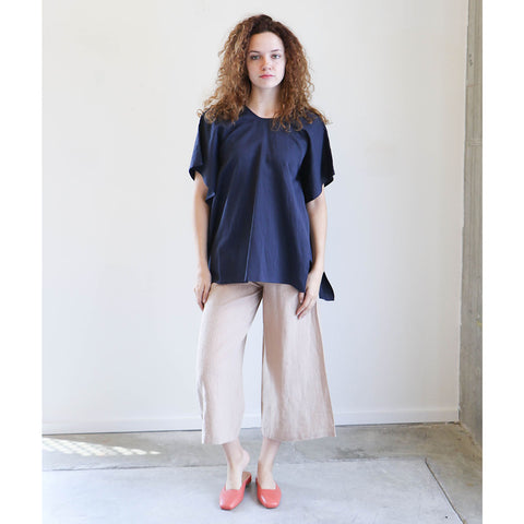 7115 By Szeki Swing Top in Navy