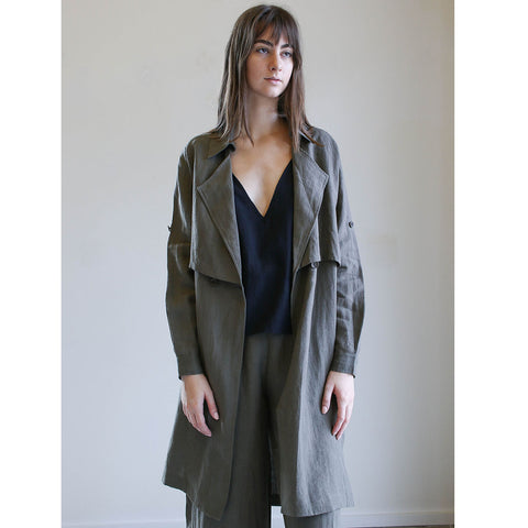 7115 By Szeki Signature Trench Duster in Linen Moss