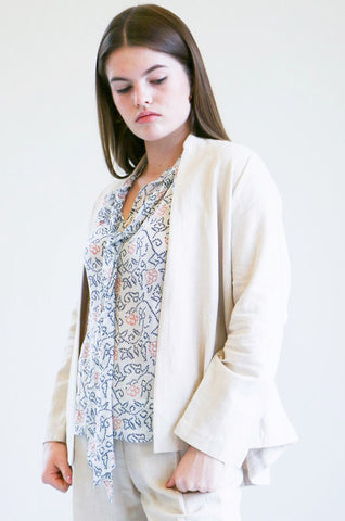 7115 By Szeki Open Blazer in Cream