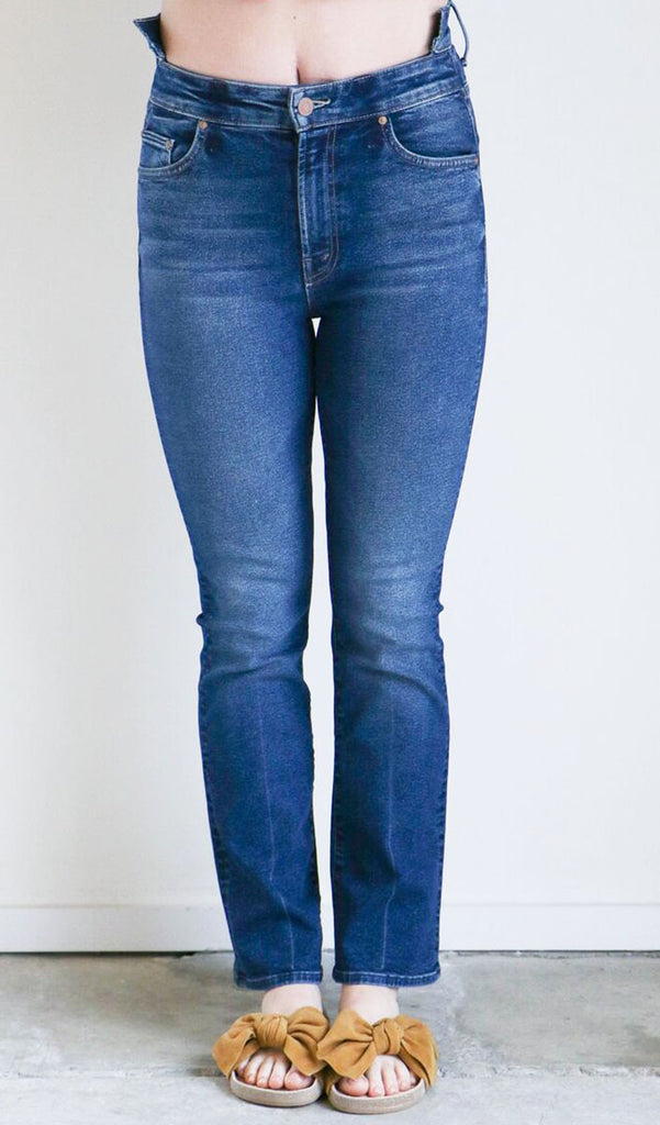 Mother Denim Shift Insider Ankle Jeans in The Buck Stops Here