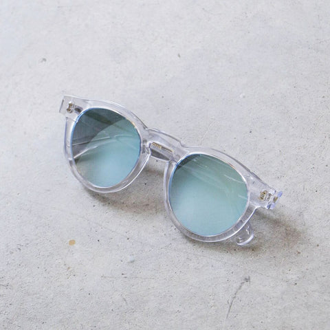 Illesteva Leonard Sunglasses in Clear with Ice Mirror