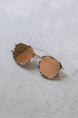 Copy of Illesteva Wynwood Ace Sunglasses in White Tortoise